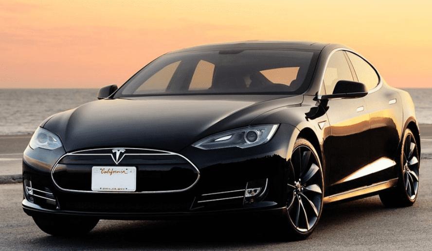 Tesla 2018 Model zwart