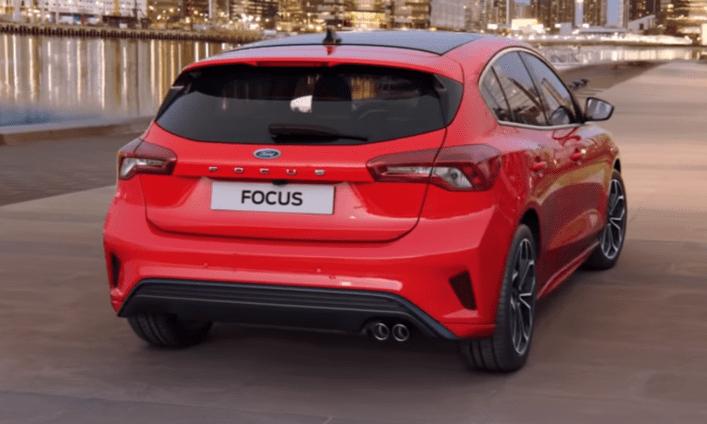 Achterkant rode Ford Focus