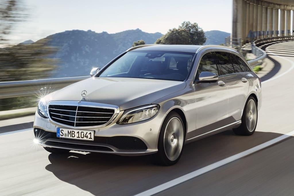 Mercedes op de weg