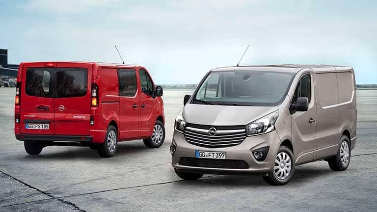 Opel Vivaro rood en licht bruin
