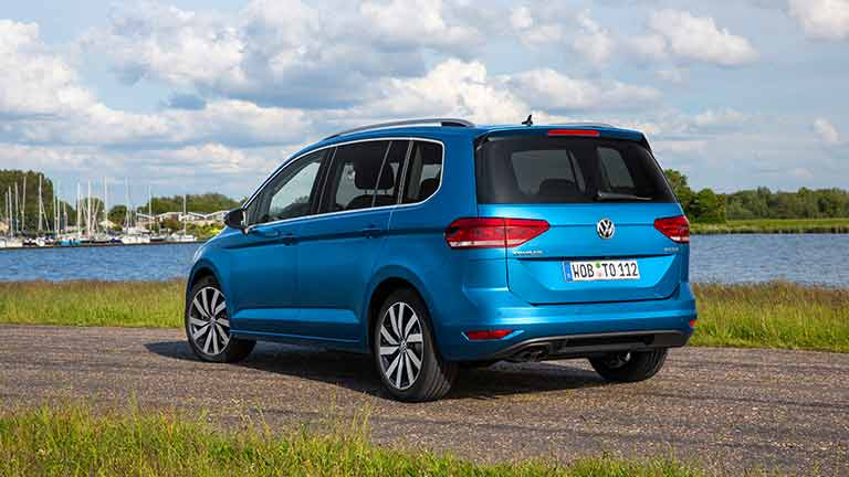 Volkswagen touran blauw achter