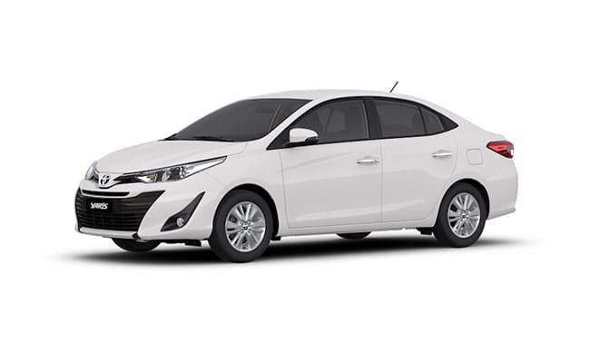 Toyota Yaris zijkant Wit