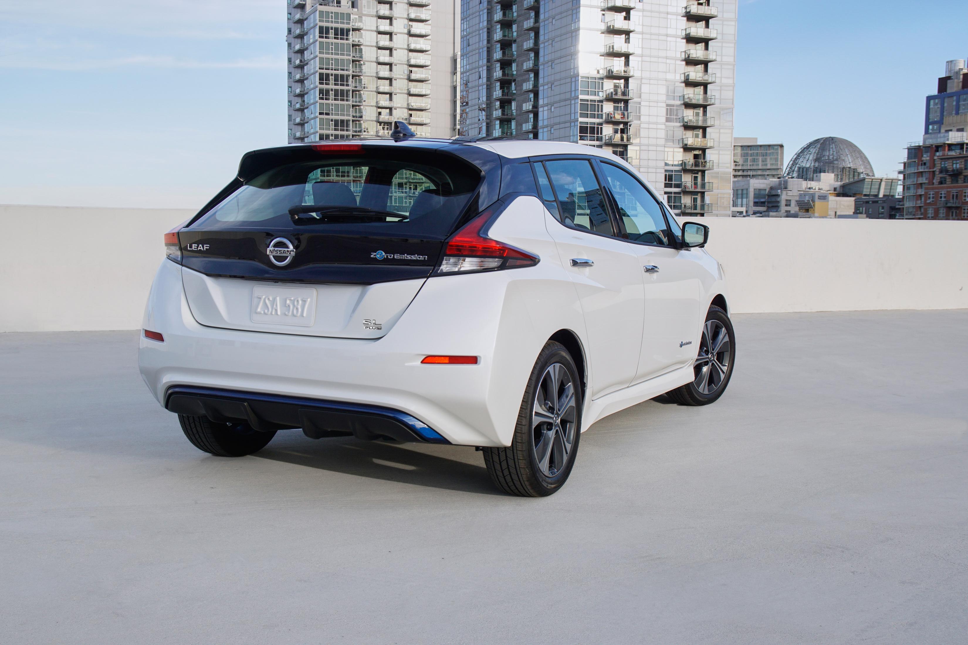 Nissan Leaf Wit achter