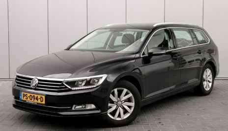 VW Passat Black