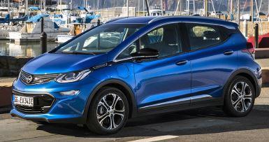 Opel Amera Zijaanzicht