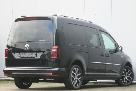 VW Caddy Zwart
