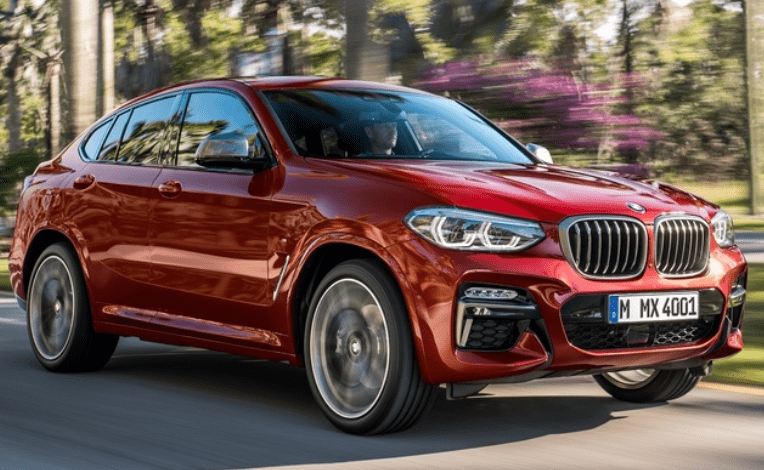Mooie BMW X4 in het rood